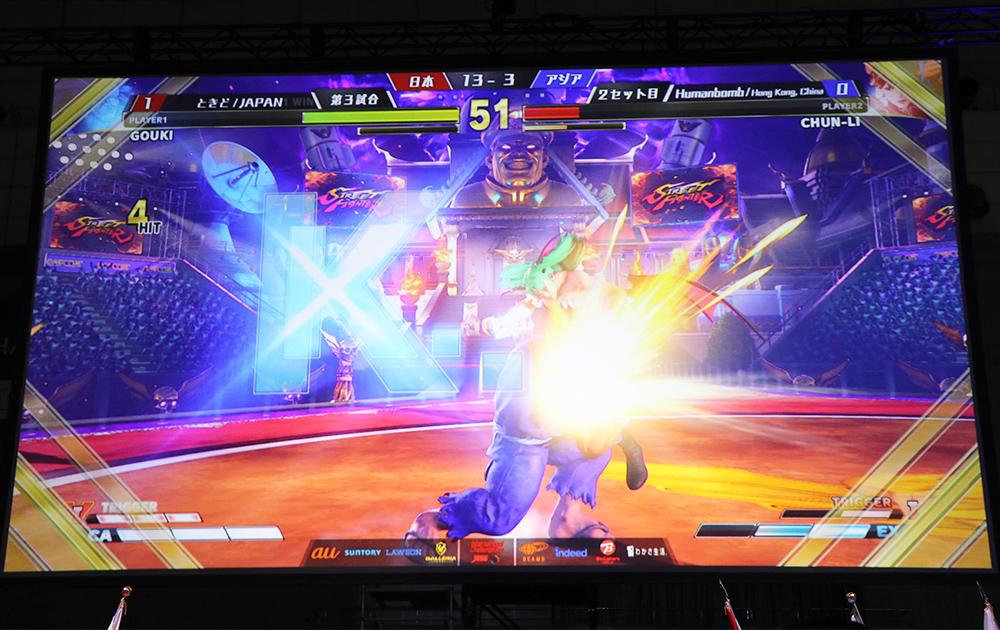 ときど選手がフルセットの末Humanbomb選手を破る